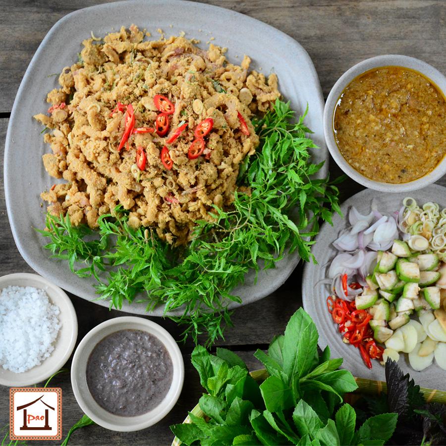 Gỏi cá Bỗng sông Gâm tại Nhà hàng Pao Quán.
